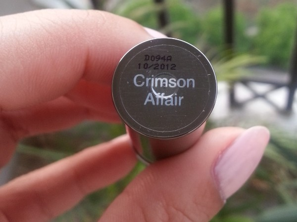 lakme absolute creme lipstick crimson affair 2