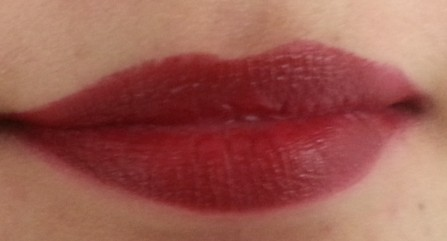 lakme absolute creme lipstick crimson affair 7