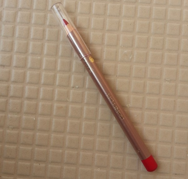 lakme 9-5 lip liner red review