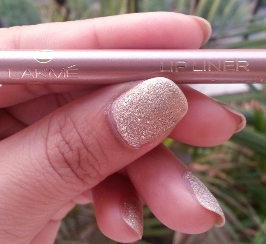 lakme 9 to 5 lip liner pink blush review 3