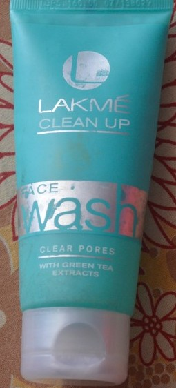lakme clean up face wash clear pores