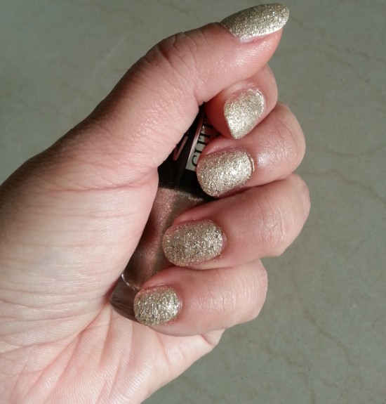 maybelline color show glitter mania all that glitters 601 4