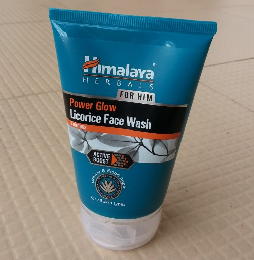 himalaya herbals power glow licorice face wash for him review