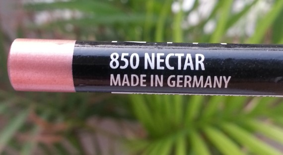 nyx lip liner pencil 850 nectar review swatches 1