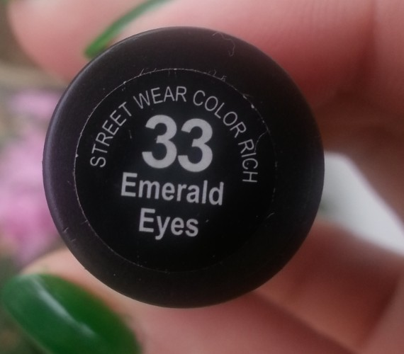 streetwear color rich nail paint emerald eyes 33  review 2