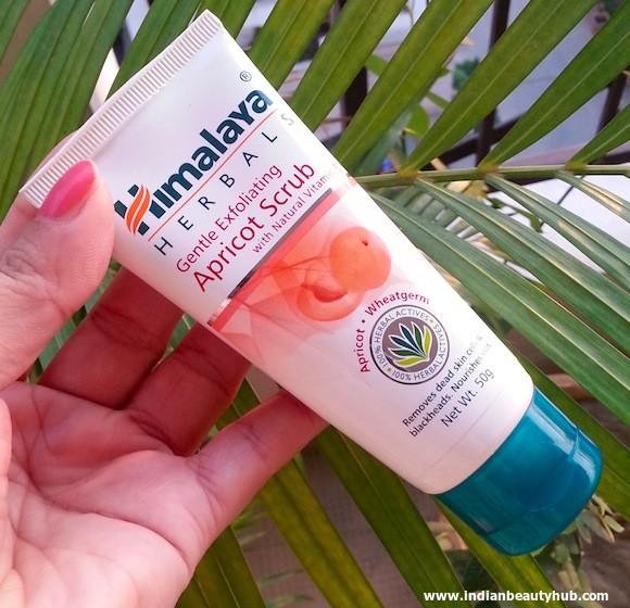 Himalaya Apricot Scrub Review 4