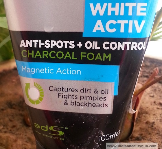 L'Oreal Men Expert White Active Oil Control Charcoal Foam Review 7