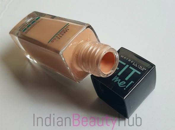 Maybelline Fit Me Matte + Poreless Foundation Review_4