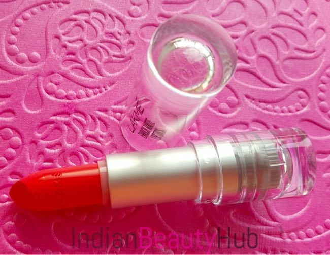 New Lakme Enrich Matte Lipsticks Review & Swatches_7
