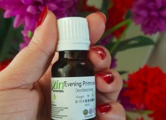 Evening Primrose Oil (EPO) Benefits for Skin, Hair