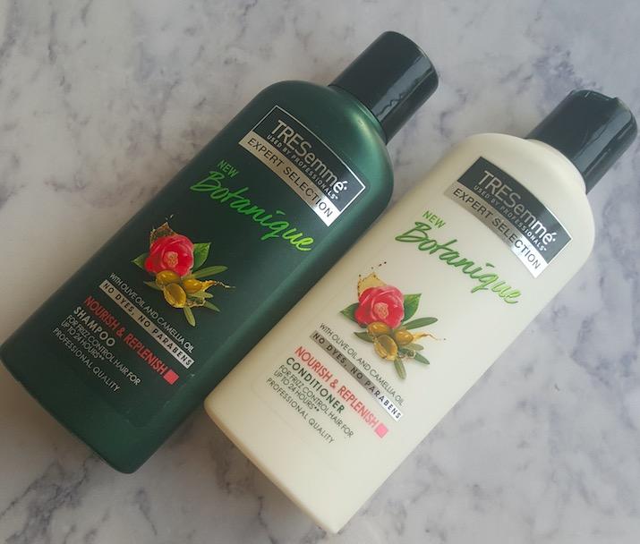 TRESemme Botanique Nourish & Replenish Shampoo and Conditioner Review