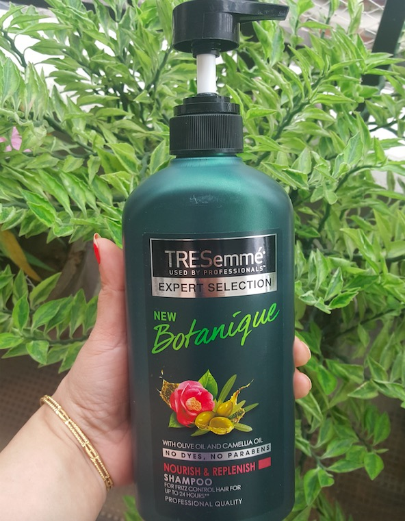 TRESemme Botanique Nourish & Replenish Shampoo Review