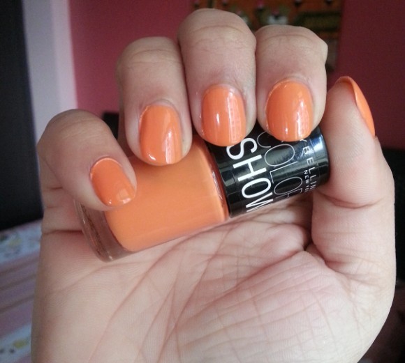 maybelline color show tangerine treat 1