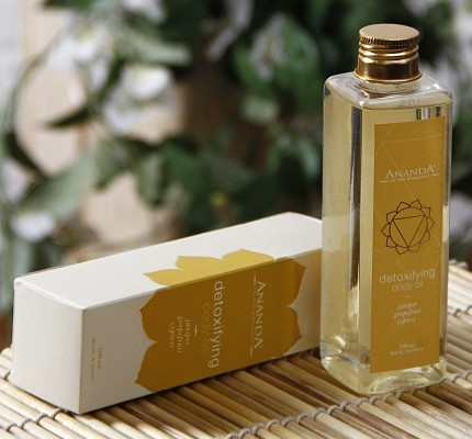 ananda detoxifying body oil