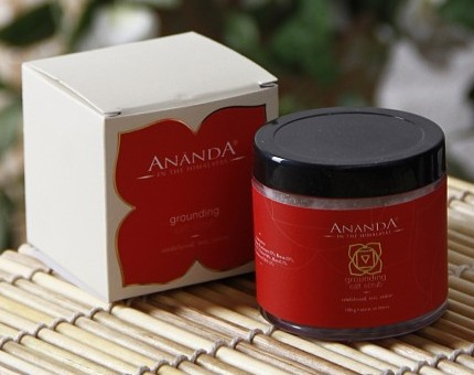 ananda grounding salt scrub bath salt
