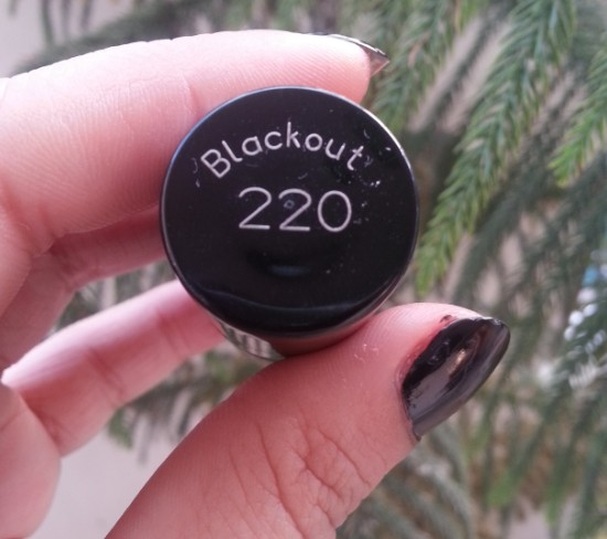 maybelline color show blackout 1