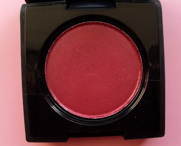 coloressence pearl eyeshadow scarlet red review 1