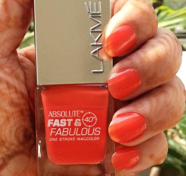 lakme fast & fabulous one stroke nail color 6