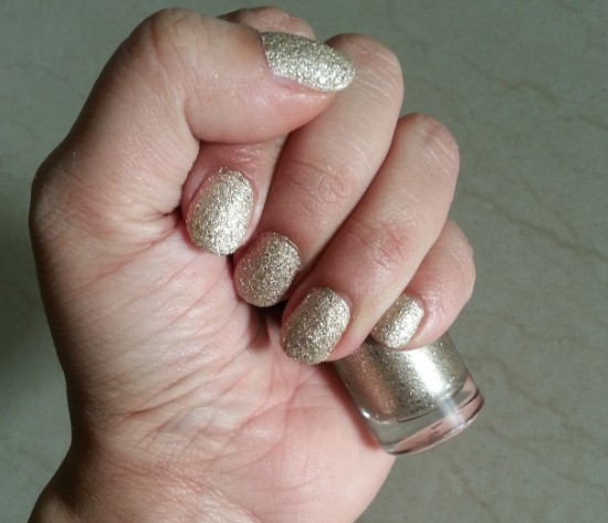 maybelline color show glitter mania all that glitters 601 6