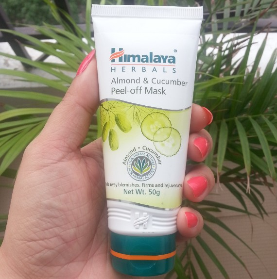 himalaya herbals almond & cucumber peel-off mask review