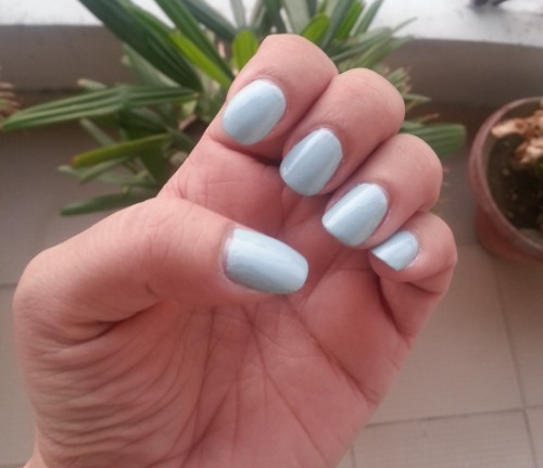 innisfree nail paint shade no.7 review 4