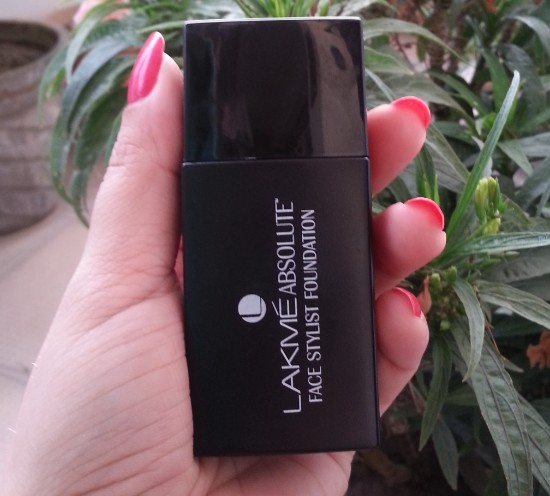 lakme absolute face stylist foundation review 3