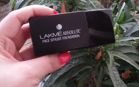 lakme absolute face stylist foundation review 5