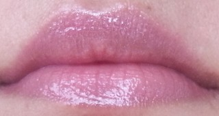 street wear color rich mega shine lip gloss valentine review 4