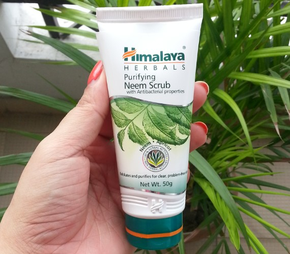 himalaya purifying neem scrub review
