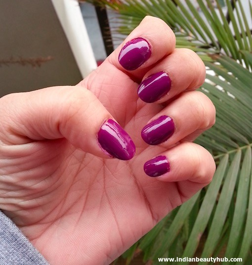 Lotus Herbals Ecostay Electric Grape Nail Review 9