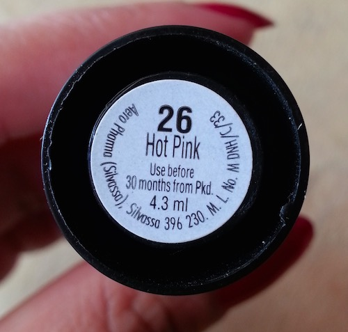 Elle 18 Color Pops Hot Pink 26 Lipstick review