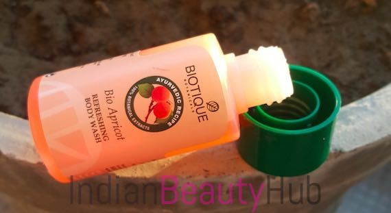 Biotique Bio Apricot Refreshing Body Wash Review