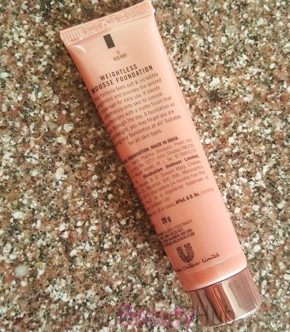 Lakme 9 to 5 Weightless Mousse Foundation Review_2