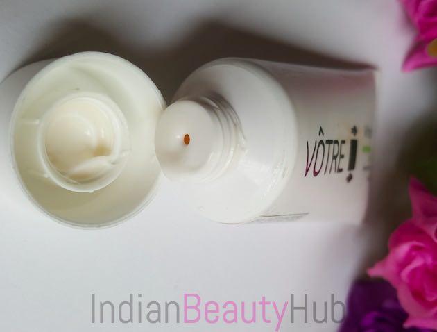 Votre White Essence Brightening Day Moisturiser SPF 25 Review_3