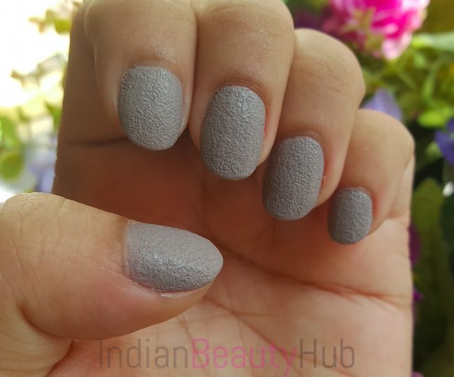 Stay Quirky Nail Paint Review_4