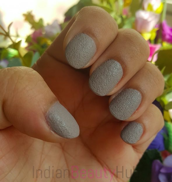 Stay Quirky Nail Paint Review_6